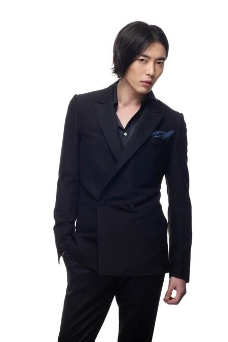 Hong Tae Song, cowok keren yang malang.